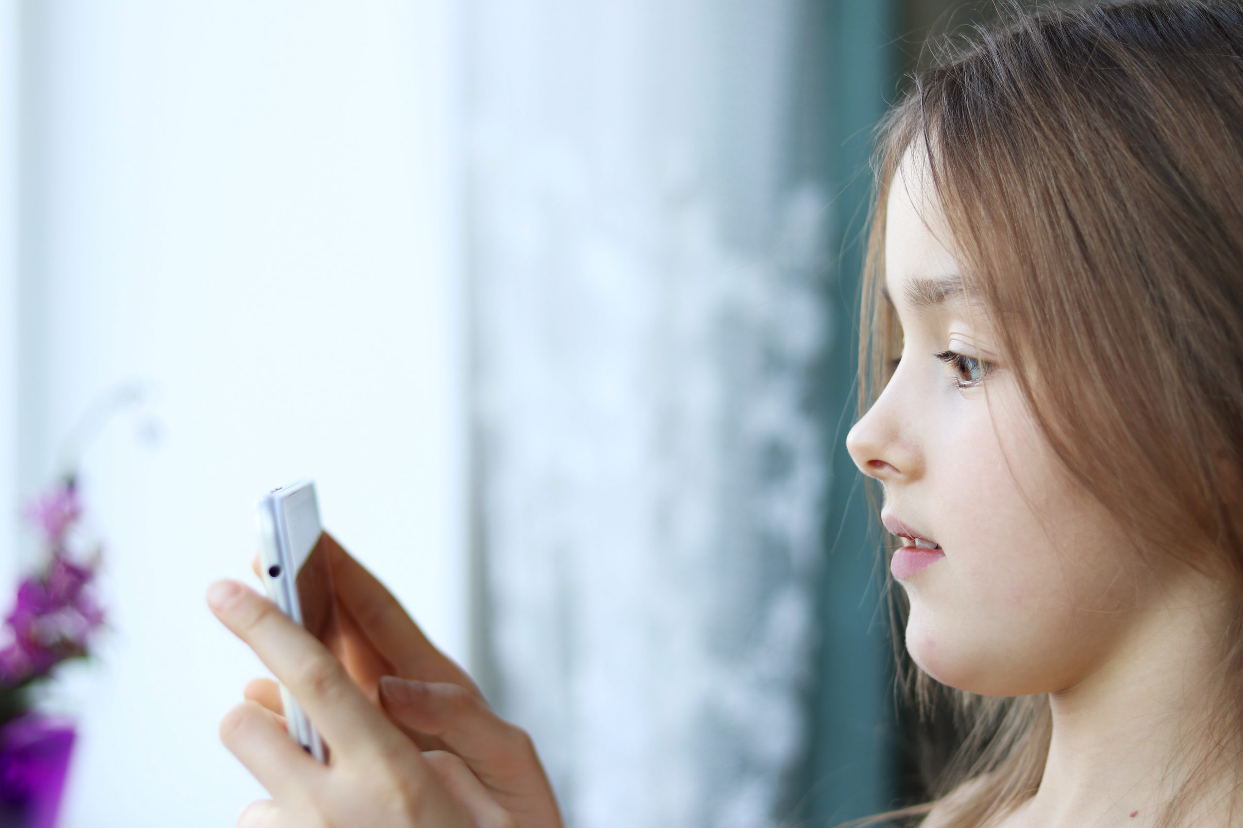 Детская зависимость от телефона